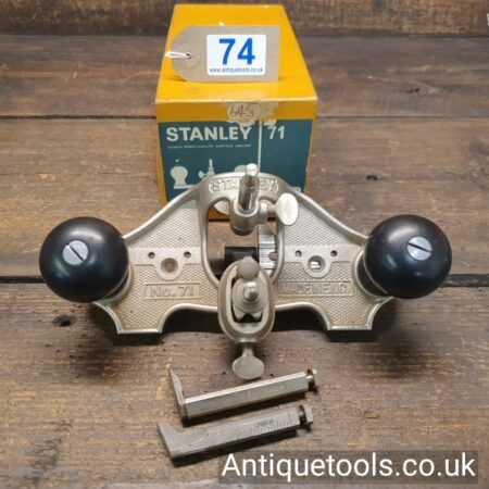 Lot 74Vintage Near Mint & Boxed Stanley England No: 71 hand router plane