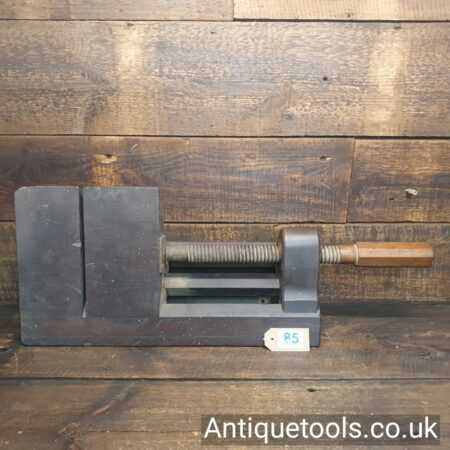 Lot 85Antique wooden mitre shooting clamp