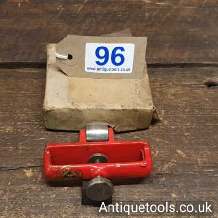 Lot 96Vintage W. Marples & Sons plane iron honing guide