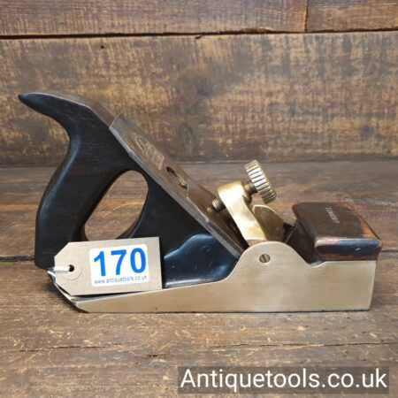 Lot 170 Interesting Brass bodied & parallel sided infill smoothing plane