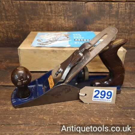 Lot 299Vintage Boxed Record No: 04 smoothing plane