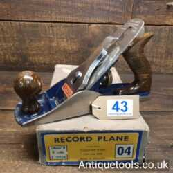 Lot 43 - Vintage 1950's Record No: 04 smoothing plane in original box